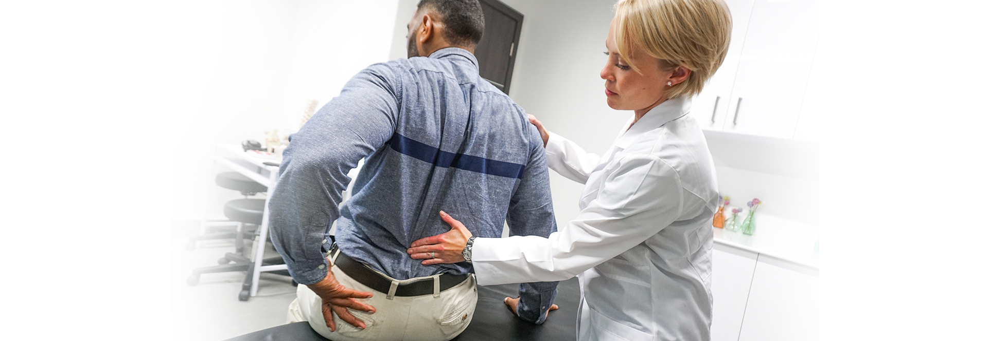 A neck and back pain clinic helps patients dealing with chronic pain issues. Which back and neck pain clinic should you choose? At Pain Treatment Specialists, our top-rated back centers in NY and NJ help patients return to a pain-free life with minimally-invasive back pain treatments.