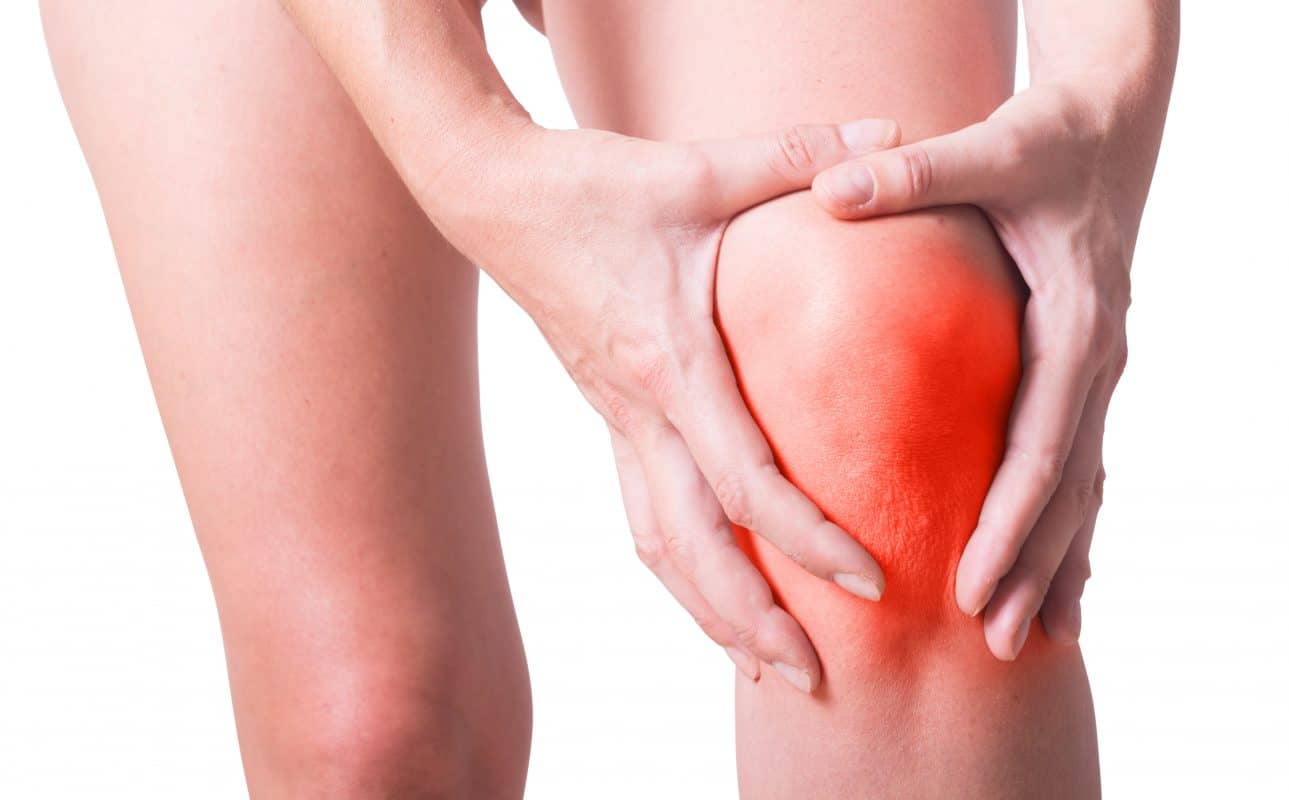 If you dislocate your knee, you go to the hospital. But what's the best knee pain treatment in Hackensack for everyday pain? Our doctors have the answers.