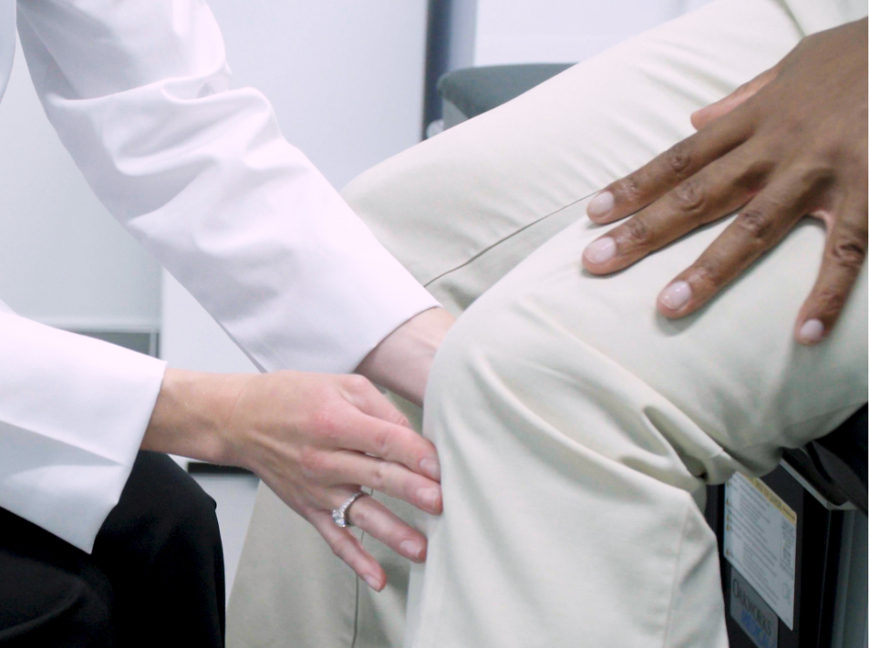 Choosing an expert knee specialist in New Jersey means you'll get better care. But there are other reasons to pick a knee expert too. Here's why you want the best.